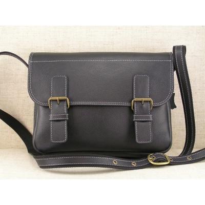 Kožená taška přes rameno 445 - čsc  černá